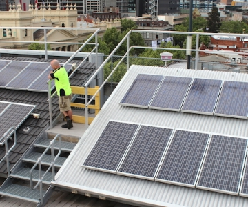 Commercial Construction Projects – RMIT Classrooms, Laboratories, Myotherapy Clinic & Rooftop Solar Installation